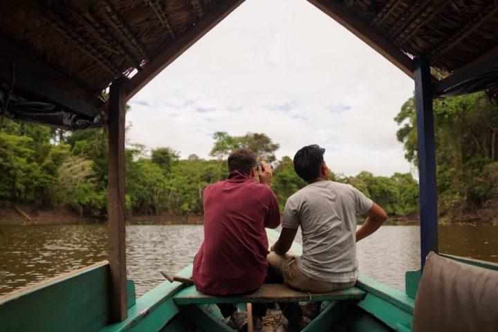 Pacaya Samiria tours to El Dorado lake